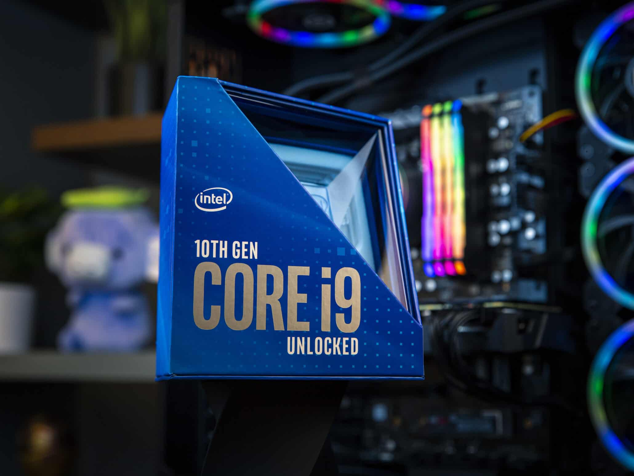 Intel 10th gen comet lake-s core i9-10900K is very hot